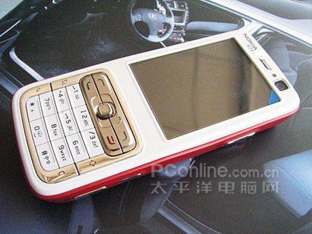 图为:诺基亚N73手机   诺基亚 N73采用了直板造型设计,...