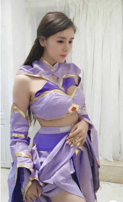 王者荣耀斗鱼张琪格cos露娜,不知火舞精彩喷血美图欣赏图片